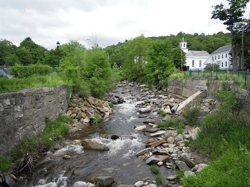 Water flows freely on Yokum Brook in Becket,  Massachusetts following removal of the Ballou Dam.  Credit: Jan Rowan/USFWS.