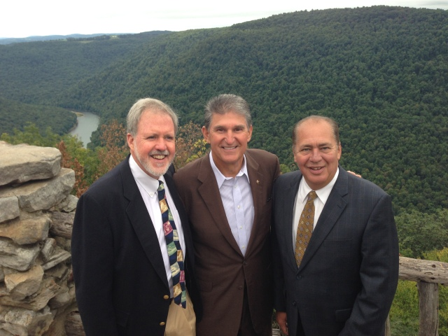 Dan Leahy stands with West Virginia Senator Joe Manchin and Governor Earl Ray Tomblin at the Cheat Mountain dedication. Photo credit: USFWS/John Schmidt