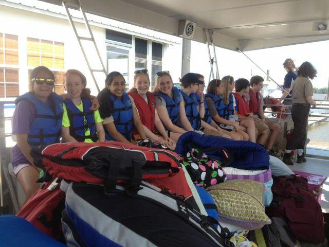jres_pontoon-boat