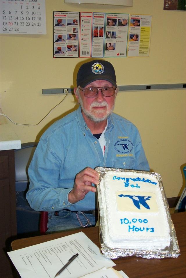 Bob hits 10,000 volunteer hours! Credit: USFWS