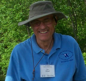 Volunteer Carl Zenger. Credit: USFWS