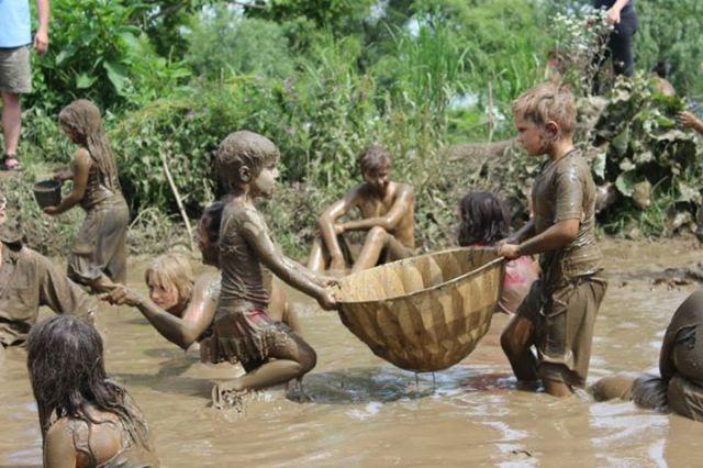 ICG mud day