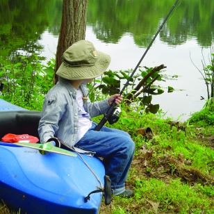 child fishingSQ
