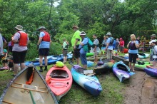 Paddlers get ready. Credit_ Haley Hutchins, AmeriCorps